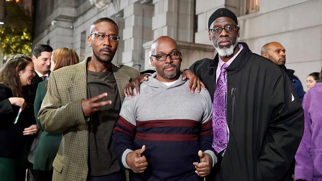 Liberan a tres hombres que pasaron 36 años en la cárcel por un crimen que no cometieron