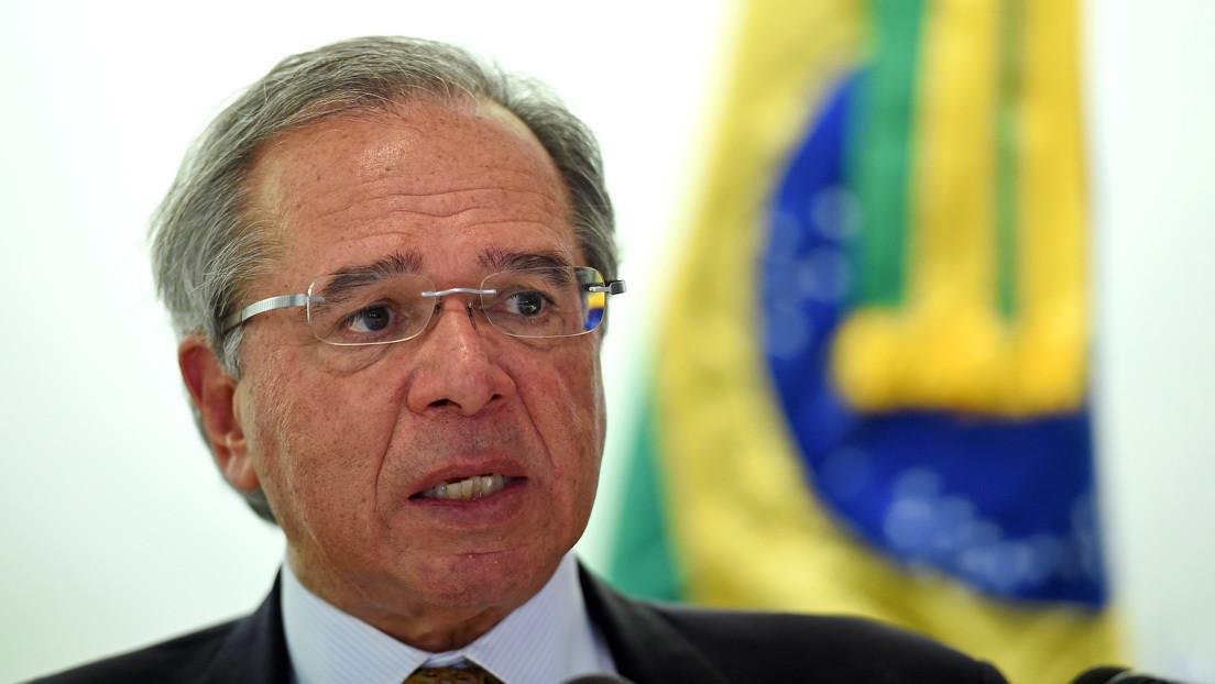 El ministro de Economía de Brasil menciona el polémico decreto de la dictadura ante posibles protestas