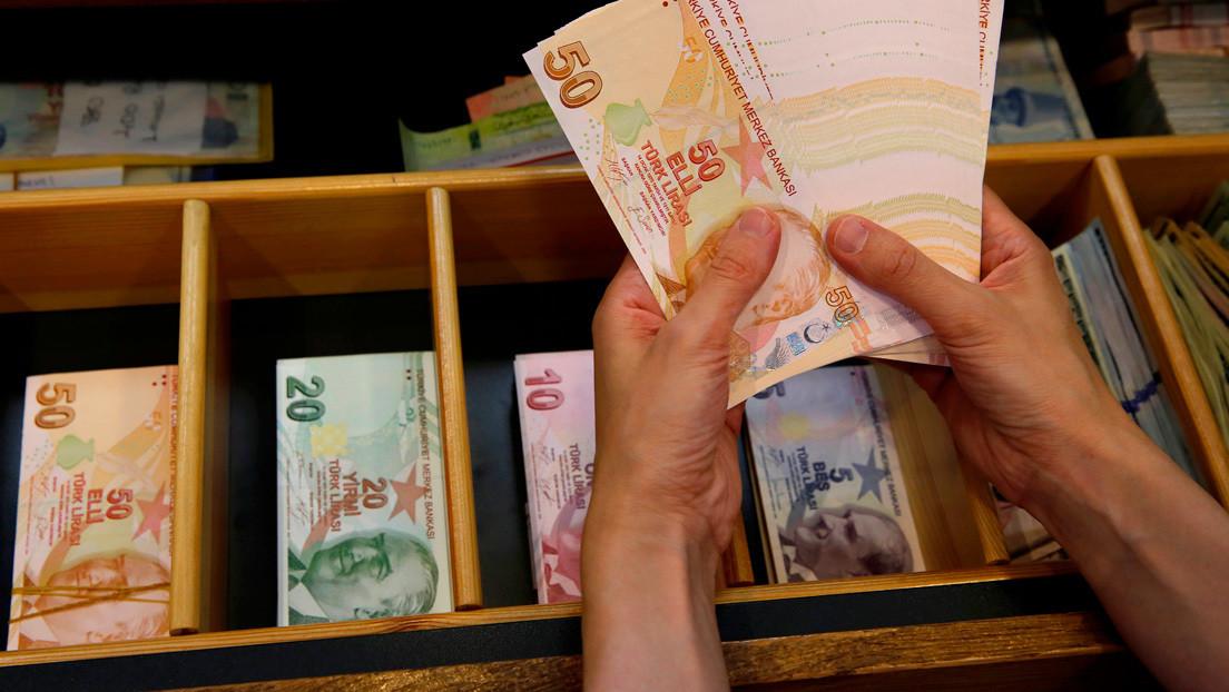 """Erdogan: """"Dejemos de usar el dólar, volvamos a la lira turca"""""""