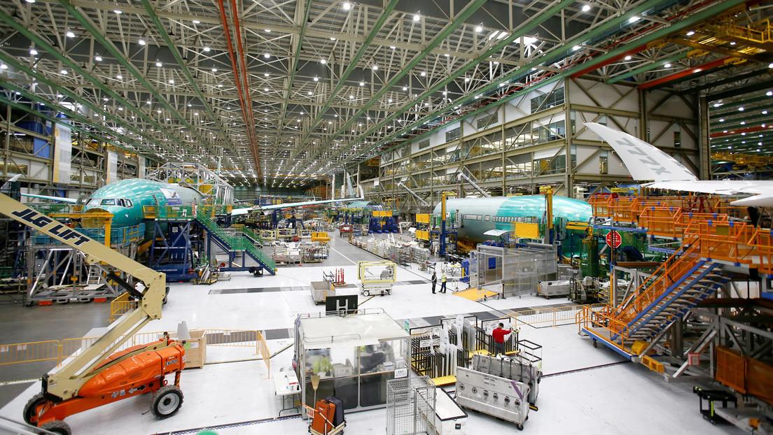 FOTO: El fuselaje del Boeing 777X se habría roto durante la prueba de presión en septiembre