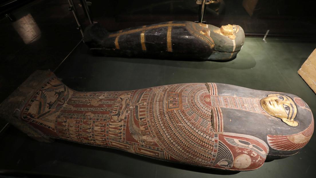 FOTOS: Encuentran tres sarcófagos de 3.500 años de antigüedad en una necrópolis de Egipto