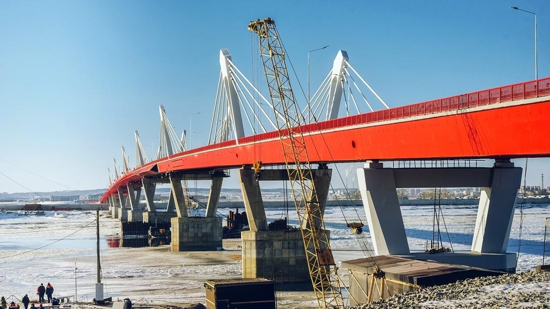 Inauguran el primer puente de carretera entre Rusia y China (VIDEO)