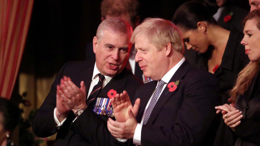 Oficiales del Ejército del Reino Unido piden que despojen de los títulos militares al príncipe Andrés por su amistad con Epstein