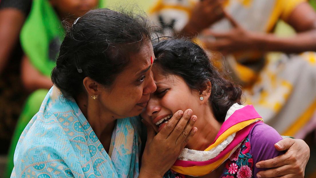 """""""Quiero que lo quemen vivo"""": Los padres de la veterinaria violada y calcinada en la India exigen justicia"""
