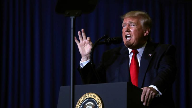 El 'muro' es un número: Trump confirma el límite de refugiados más bajo de la historia de EE.UU.