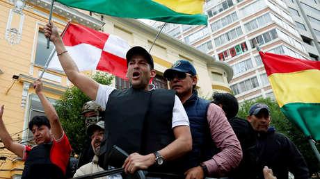 ¿Quién es Luis Fernando Camacho, el hombre que encabeza el golpe de Estado en Bolivia y que promete que 'Dios volverá al Palacio'?