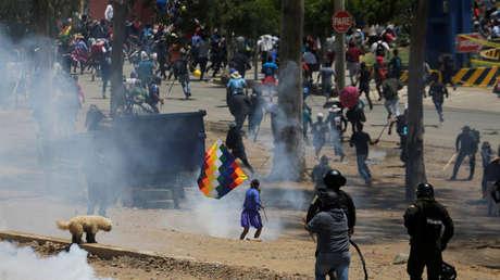 La Fiscalía General de Bolivia confirma siete muertos durante las protestas postelectorales