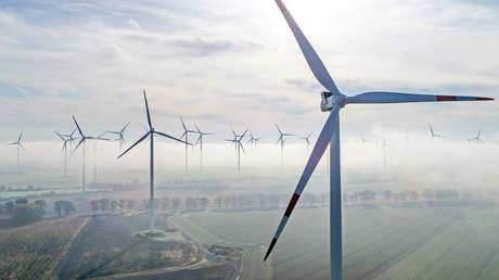 Japón convierte las tierras radiactivas de Fukushima en un centro de energía renovable