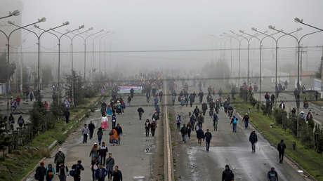 Les Indiens de Bolivie bloquent des routes pour exiger la démission de Áñez