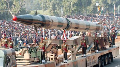 VIDEO: Lanzamiento en la India del misil balístico con capacidad nuclear Agni-II