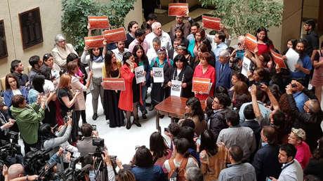 Diputados opositores de Chile presentan acusación constitucional contra Piñera por violaciones a los derechos humanos