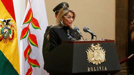 La presidenta de facto de Bolivia anuncia que la promulgación de la Ley de convocatoria a nuevas elecciones se celebrará este domingo