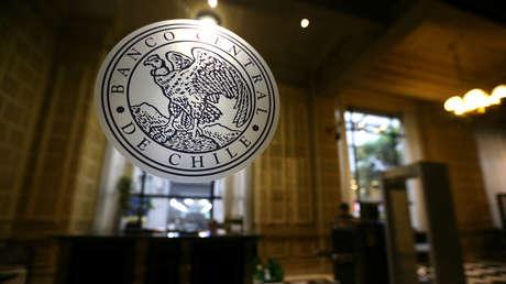 Banco Central de Chile intervendrá el mercado cambiario ante fuerte alza del dólar