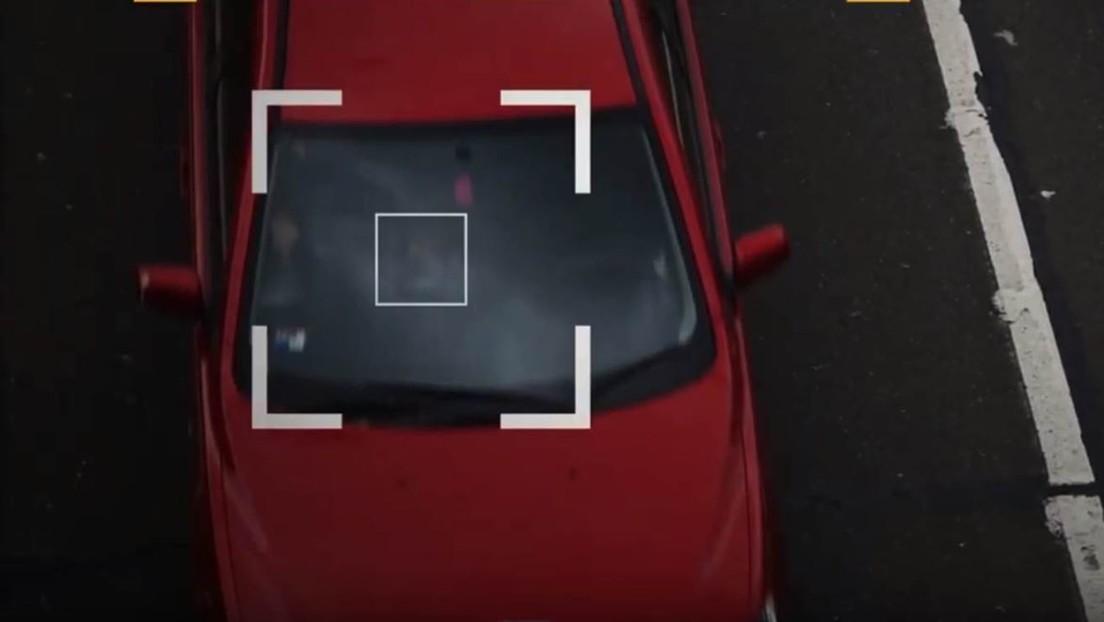 Instalan las primeras cámaras del mundo que detectan el uso ilegal de celulares al conducir
