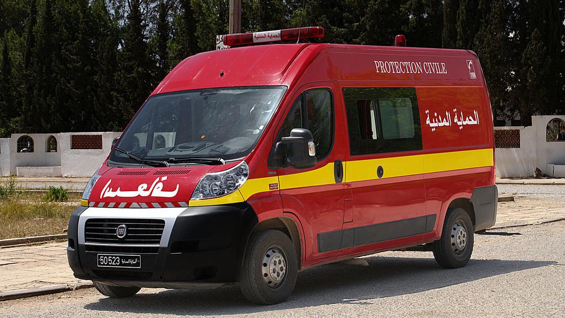 Al menos 22 muertos al volcar un autobús turístico en Túnez