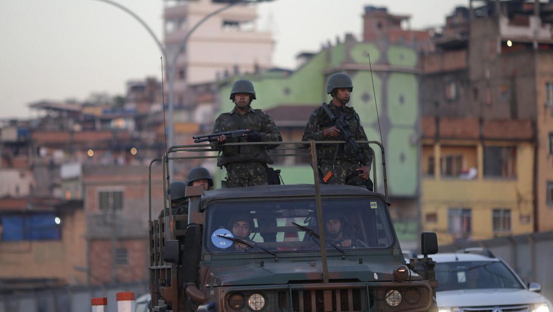 Brasil: Una estampida causada por la irrupción de policías en una favela durante una fiesta deja al menos 9 muertos
