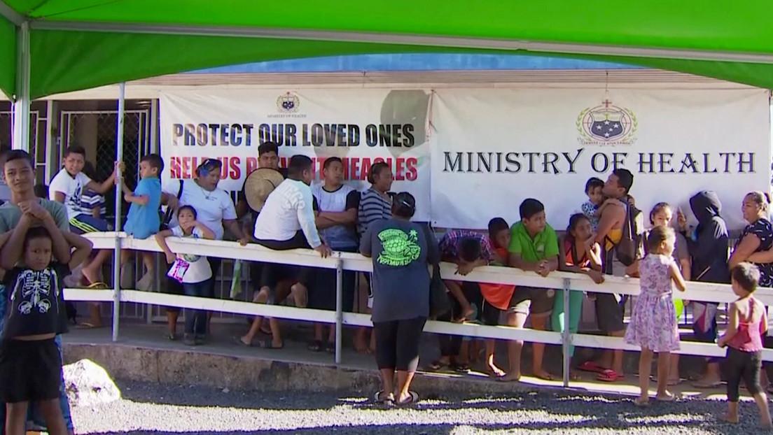 Más de 50 niños fallecen por causa de un brote de sarampión en Samoa a un año de lanzarse allí una campaña contra la vacunación