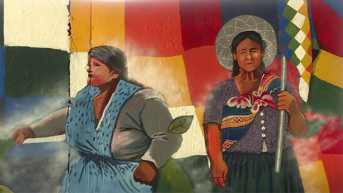 Muralistas bolivianos envían mensajes de paz y recuerdan a los fallecidos en su arte