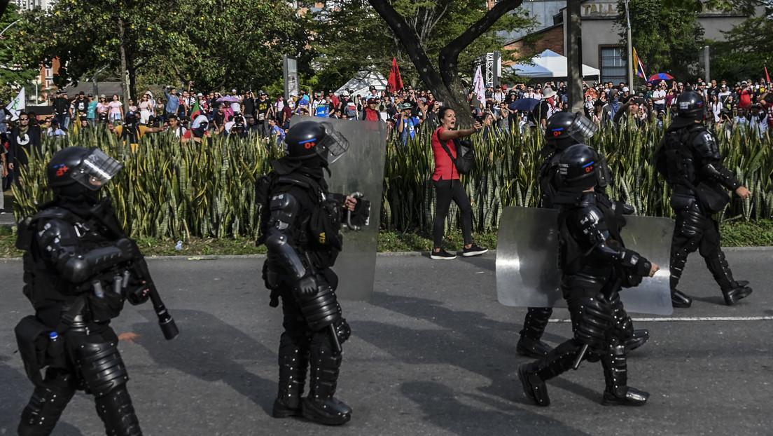VIDEOS: La Policía de Colombia reprime con lacrimógenos y aturdidoras a manifestantes en un concierto pacífico