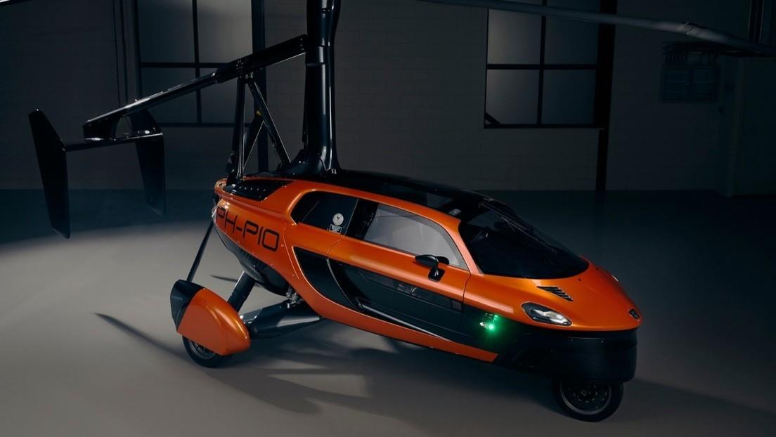 VIDEO, FOTOS: Presentan el primer auto volador comercial del mundo