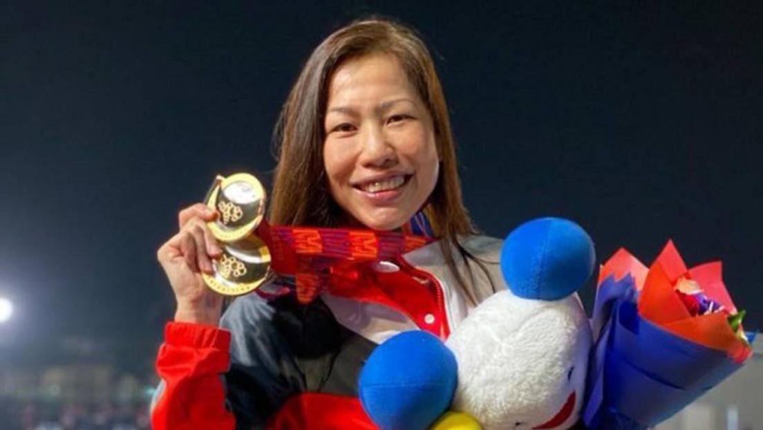 Una deportista gana una medalla de oro 38 años después de su debut en una competición