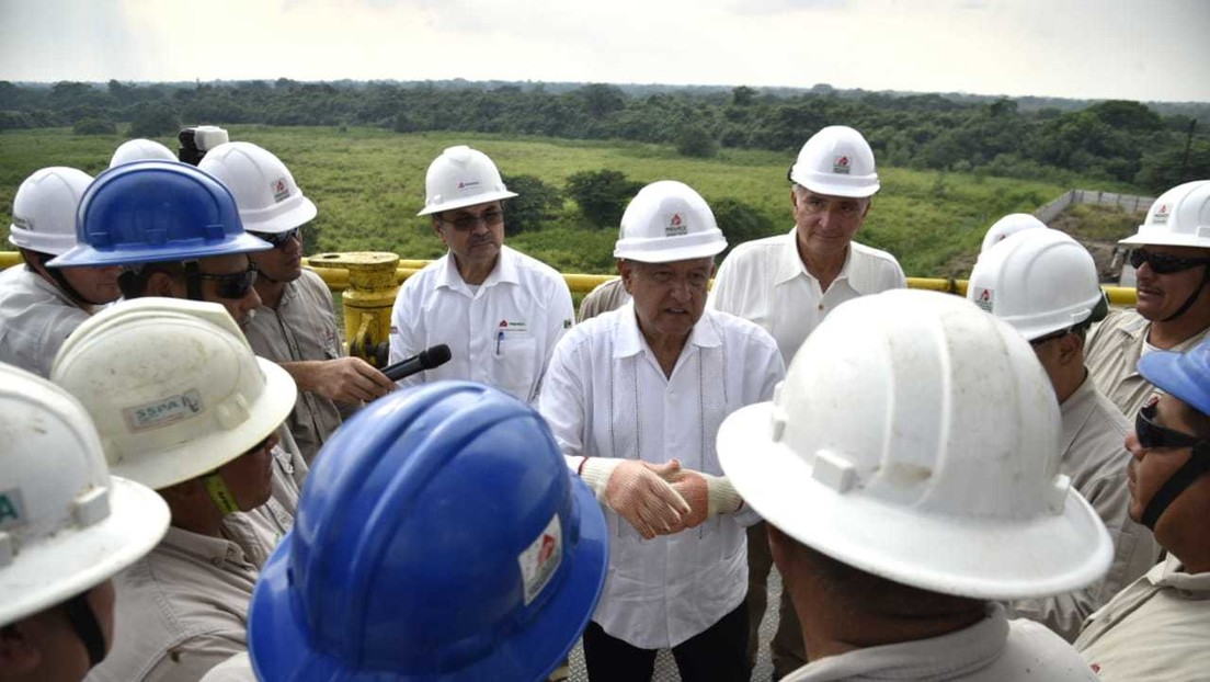 Pemex anuncia el hallazgo de un yacimiento petrolero gigante en el estado mexicano de Tabasco