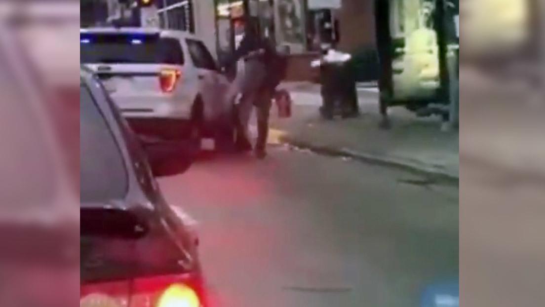 VIDEO: Investigan a un policía de Chicago por golpear contra el suelo a un hombre durante su arresto empleando una maniobra de MMA