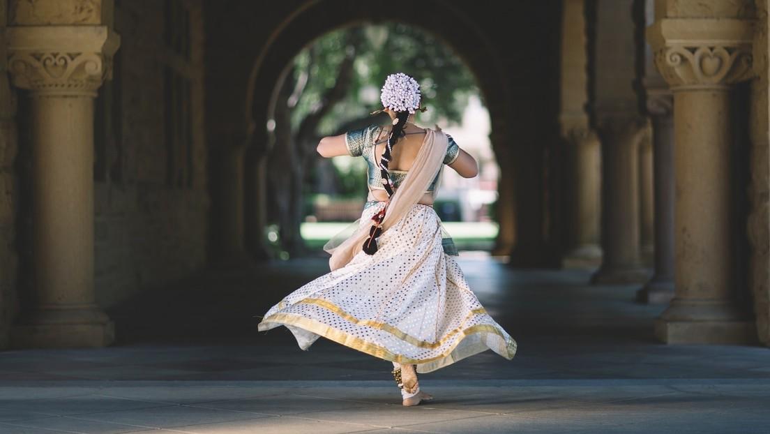 VIDEO: Disparan en la cara a una bailarina que hizo una breve pausa en su actuación durante una boda