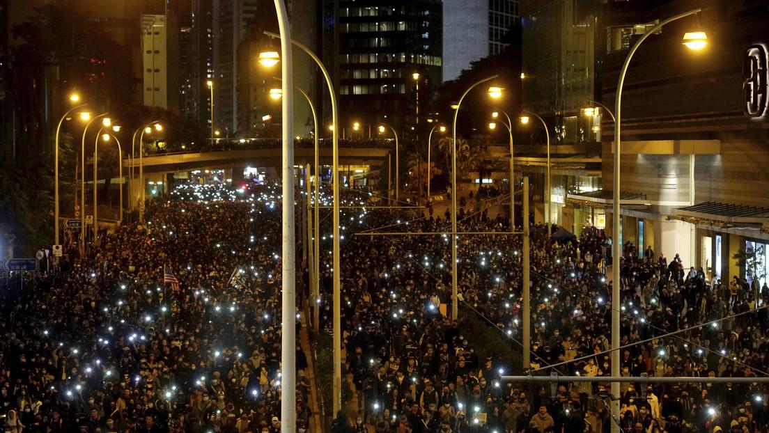 VIDEO: Marcha multitudinaria en una nueva jornada de protestas en Hong Kong