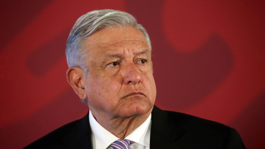 """López Obrador pide que no haya """"linchamientos públicos y políticos"""" contra el embajador que intentó robar un libro en Argentina"""