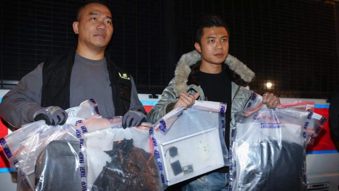 FOTOS: Desactivan dos bombas caseras con 10 kilos de explosivos en un colegio de Hong Kong