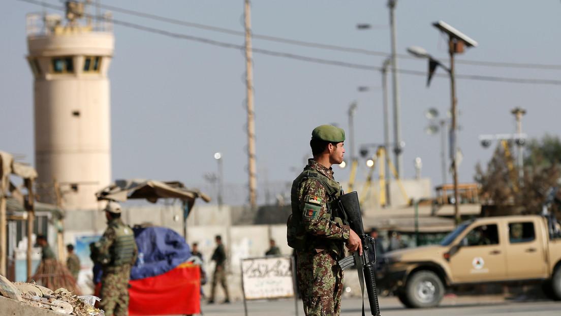 Cinco heridos tras un ataque con explosivos cerca de la principal base militar de EE.UU. en Afganistán