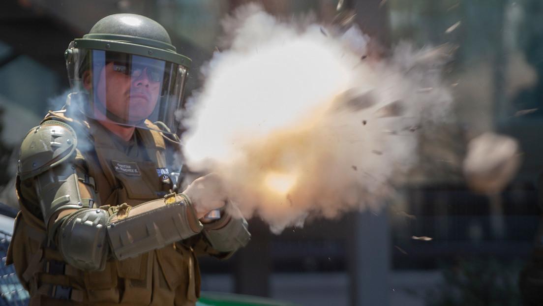 Denuncian nuevos casos de heridos por impactos de bombas lacrimógenas en Chile