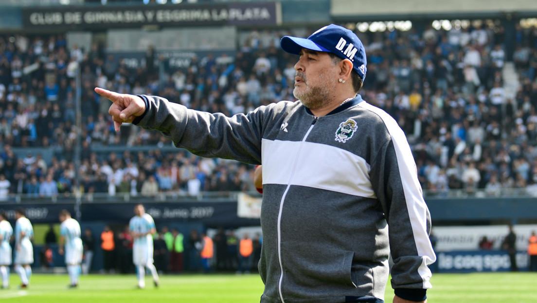 Diego Maradona le saca 'tarjeta roja' a Dolce & Gabbana: la marca tendrá que indemnizarlo con 70.000 euros