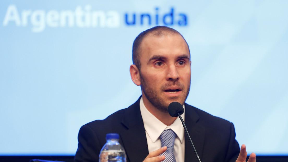 """El nuevo ministro de Hacienda de Argentina anuncia """"un plan macroeconómico integral para frenar la caída"""""""