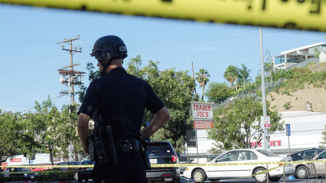 Un policía de EE.UU. podría pasar 3 años en prisión por tocar los senos de una mujer muerta mientras estaba de servicio