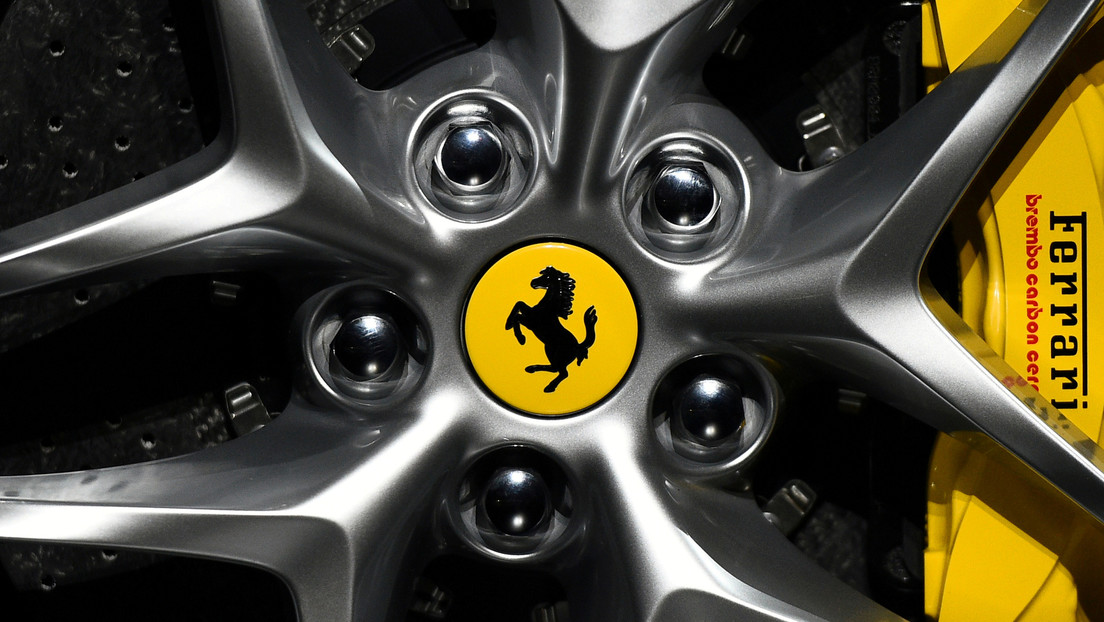Ferrari anuncia cuándo lanzará su superdeportivo 100 % eléctrico
