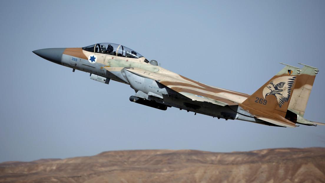 Cazas de Israel atacan un sitio de producción de armas en la Franja de Gaza en respuesta por el lanzamiento de un misil