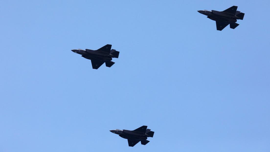 Cazas israelíes atacan infraestructuras militares de Hamas en la Franja de Gaza en respuesta por el lanzamiento de un misil
