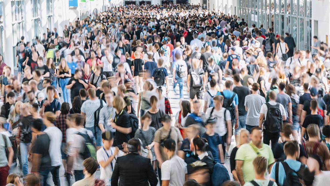 """Privacidad cero: aplicaciones telefónicas rastrean a """"decenas de millones de personas"""" las 24 horas del día y es legal"""