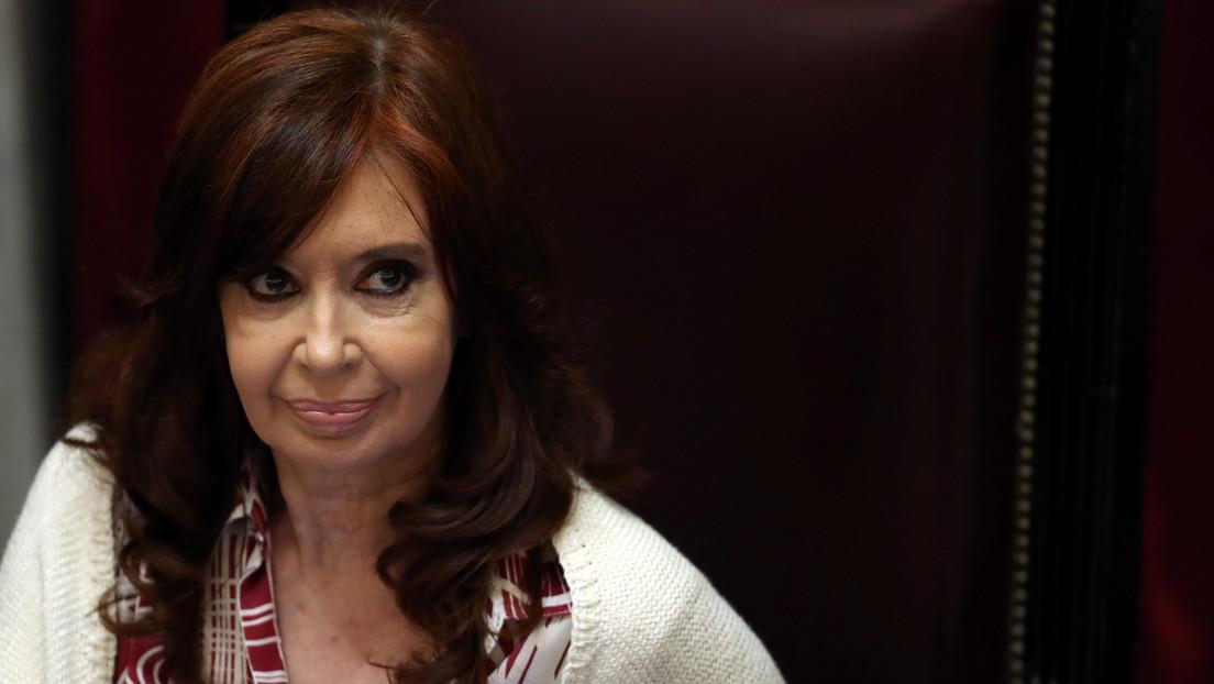 """""""Eso lo dicen los machistas"""": Cristina Kirchner reprocha a un legislador que la llamó """"presidente"""" porque """"esta palabra no tiene sexo"""" (VIDEO)"""