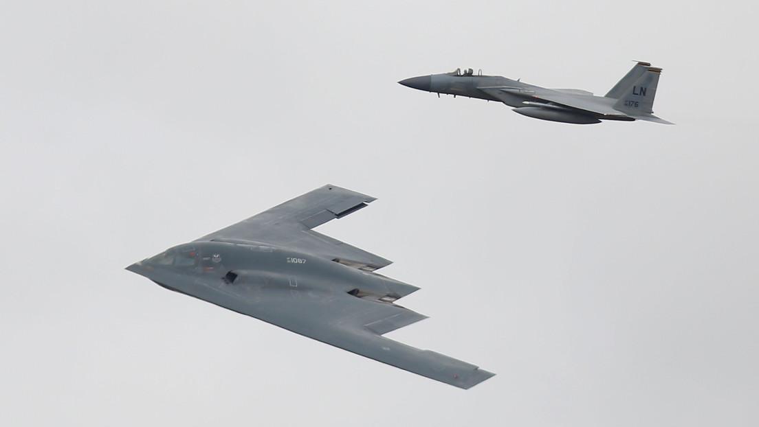 """""""Nuevos aviones, buques y misiles"""": Trump augura nuevo equipamiento militar tras firmar """"la mayor inversión jamás hecha"""" en el Ejército de EE.UU."""