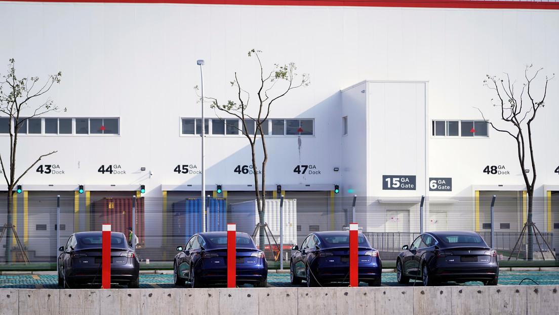 Bancos de China prestan a Tesla más de 1.400 millones de dólares