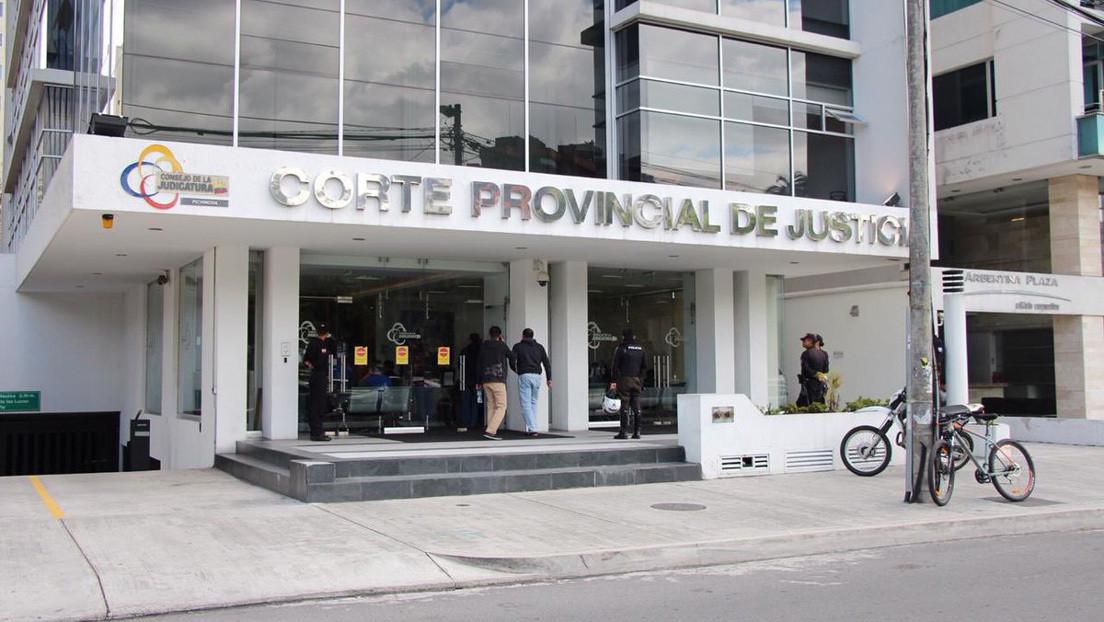 Amenaza de bomba en Corte de Quito durante audiencia judicial a tres políticos opositores