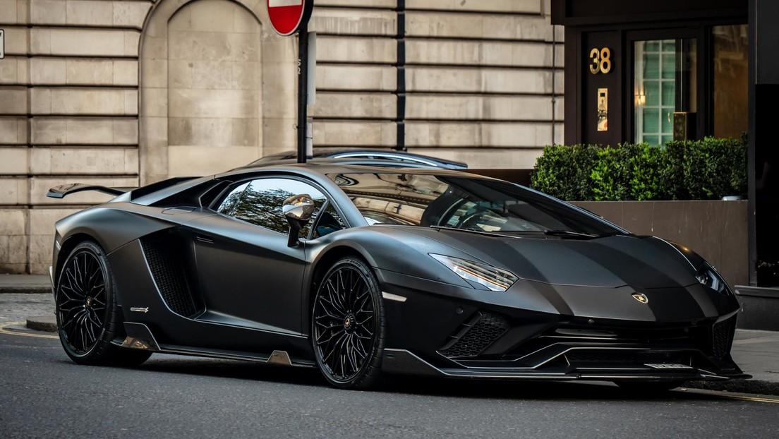 VIDEO: Padre e hijo imprimen en 3D un Lamborghini y se llevan una sorpresa para Navidad de la marca italiana