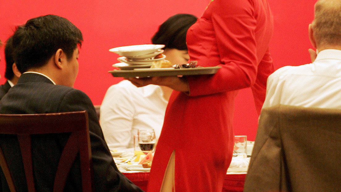 Arrestan al dueño de un restaurante chino por añadir opio a sus platos para volver adictos a los clientes