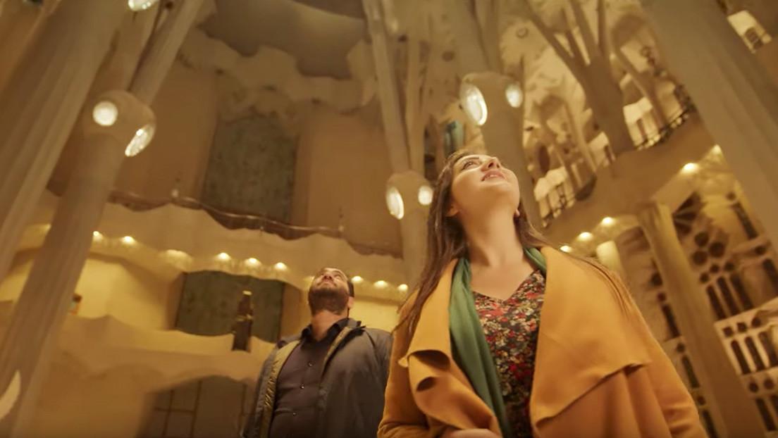 La Sagrada Familia de Barcelona felicita la Navidad con un polémico video en 6 idiomas que no incluye el español
