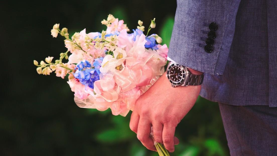 Encuesta revela que los hombres esperan más que las mujeres encontrar el amor en 2020