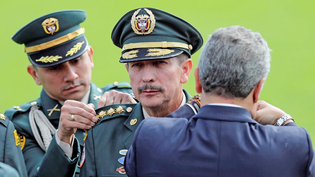 Duque anuncia salida de Nicacio Martínez de comandancia del Ejército