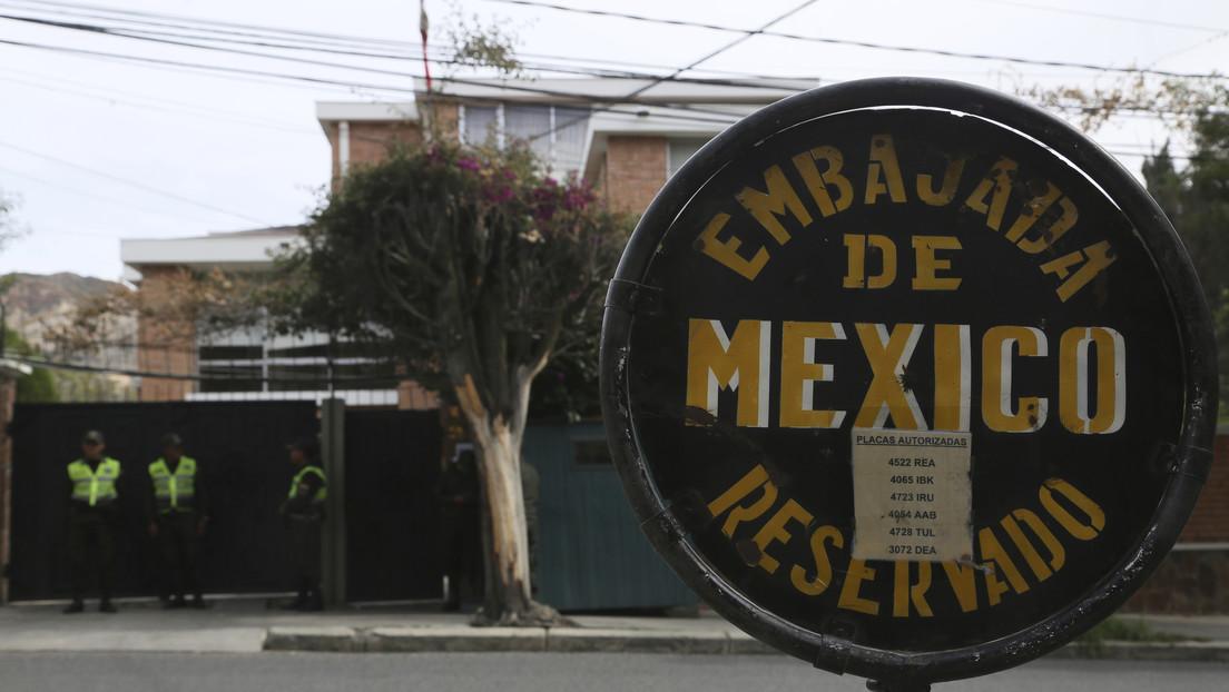 España niega haber ayudado a asilados a salir de la Embajada de México en Bolivia